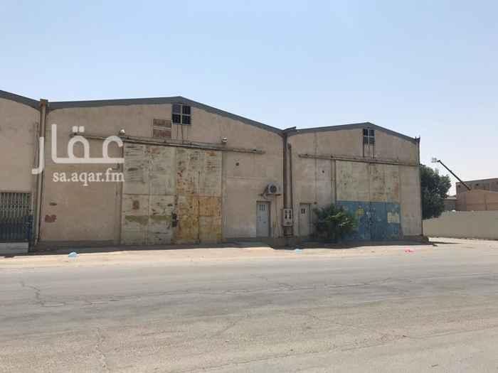 مستودع للإيجار في شارع اسد السنه ، حي الفاروق ، الرياض