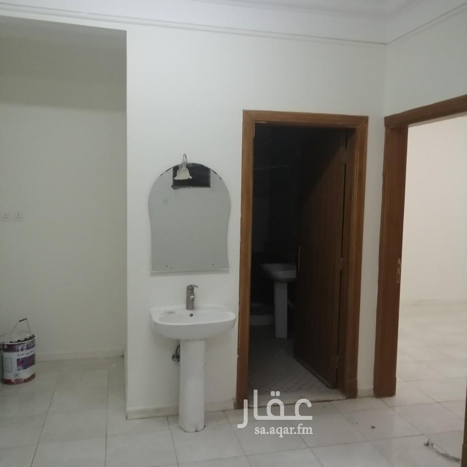 شقة للإيجار في شارع سفيان بن المهلب ، حي الملك فيصل ، الرياض