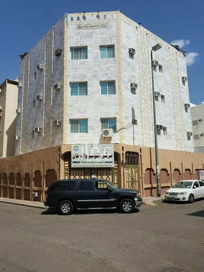 شقة للإيجار في شارع عبدالله بن محمد العباسي ، حي العريض ، المدينة المنورة ، المدينة المنورة