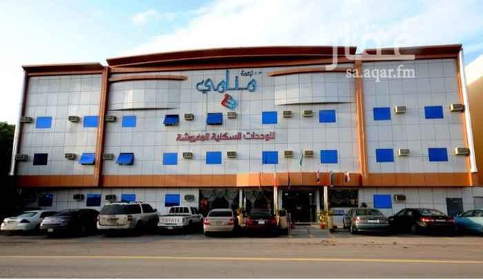 شقة للإيجار في شارع ابي عبدالله الزواوي ، حي العزيزية ، الرياض