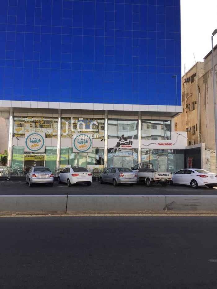 عمارة للبيع في شارع حمد الجاسر ، حي الروضة ، جدة