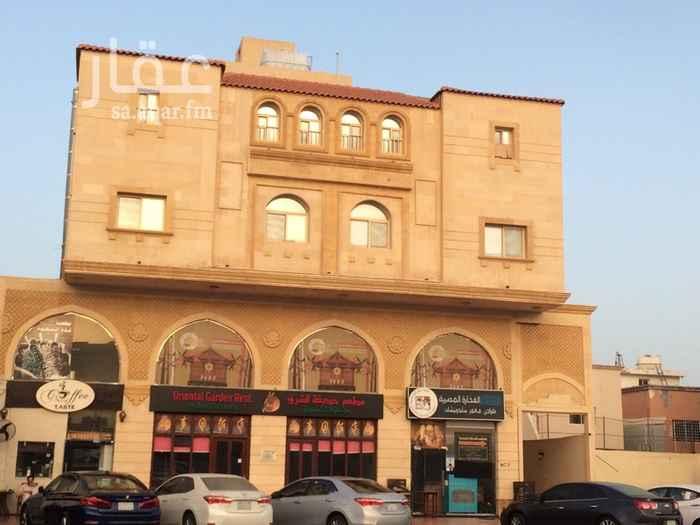 عمارة للبيع في شارع الصفا ، حي النهضة ، جدة