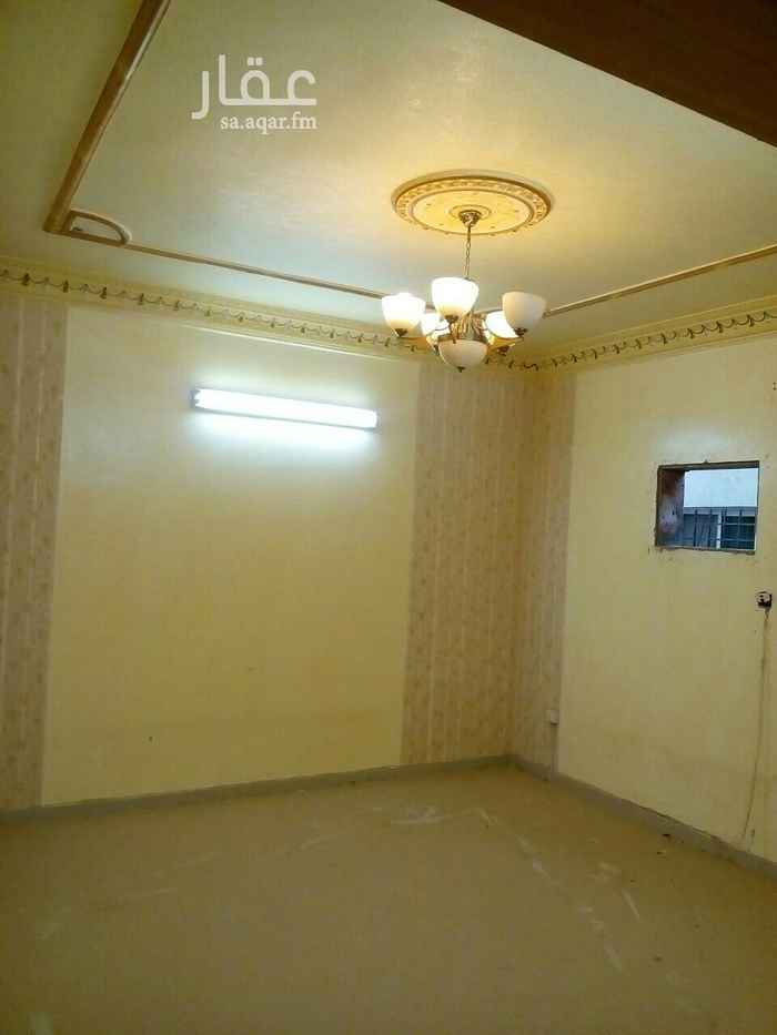 شقة للإيجار في شارع القرية ، حي النهضة ، الرياض