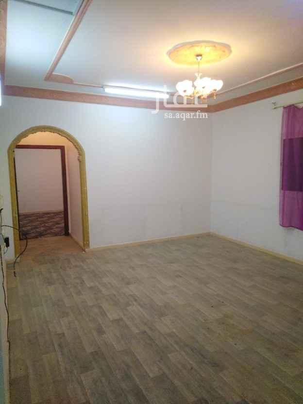 دور للإيجار في شارع الصورة ، حي الخليج ، الرياض