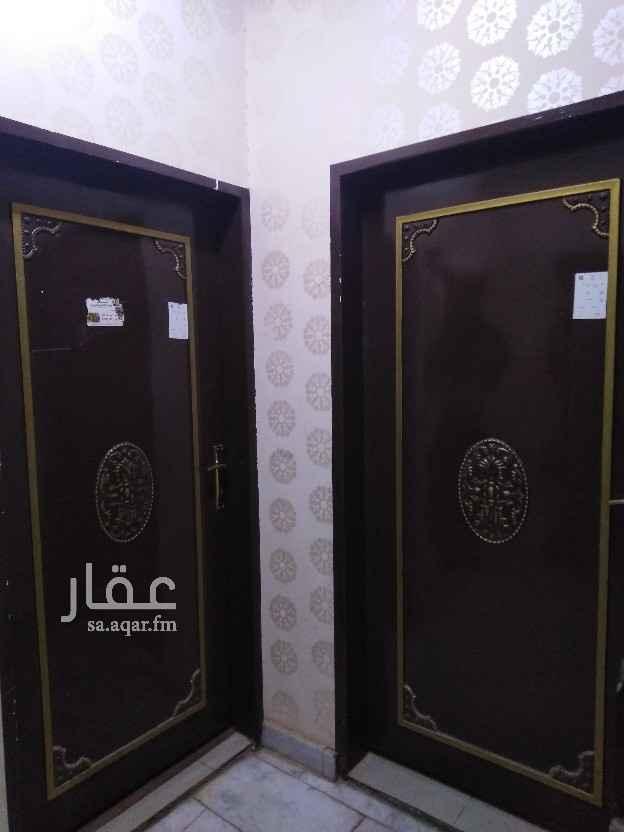 شقة للإيجار في شارع القرية ، حي النهضة ، الرياض ، الرياض