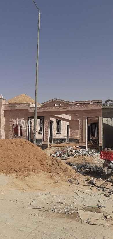فيلا للبيع في طريق نجم الدين الأيوبي الفرعي ، حي طويق ، الرياض ، الرياض