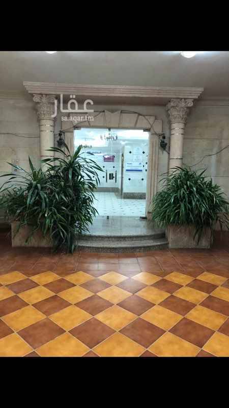 مكتب تجاري للإيجار في شارع البترجي ، حي الزهراء ، جدة