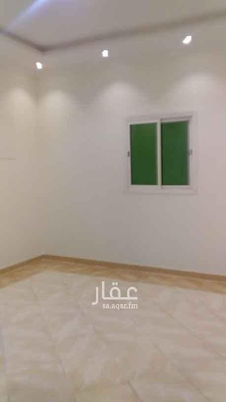 دور للإيجار في شارع البيت العتيق ، حي قرطبة ، الرياض