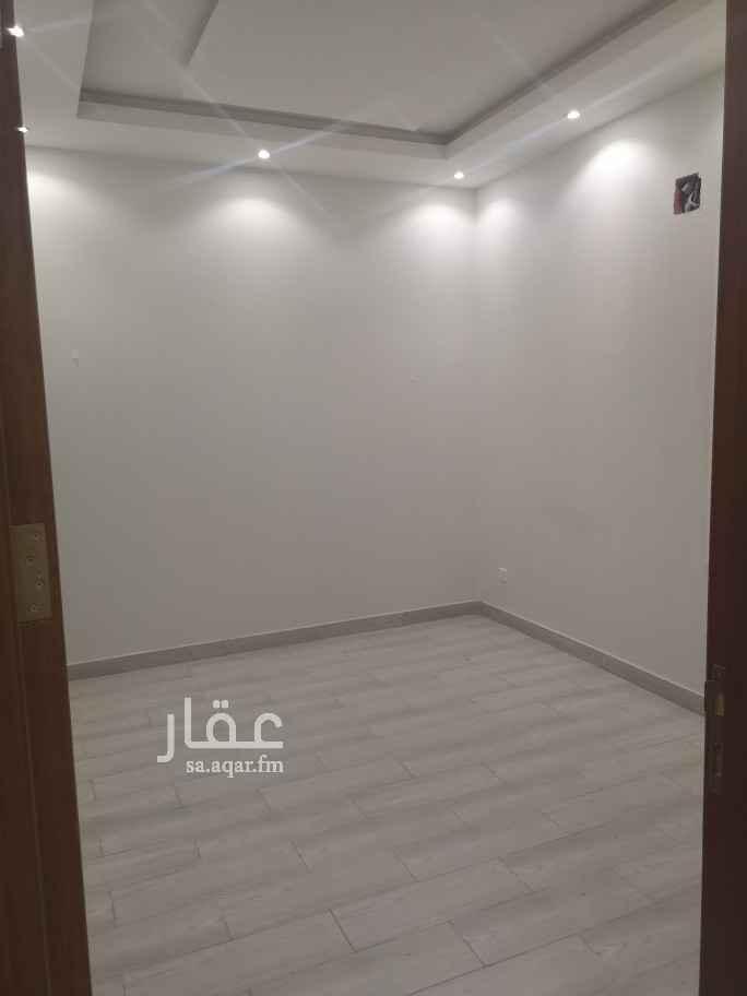 شقة للإيجار في شارع ياقوت الحمامي ، حي الملك فيصل ، الرياض