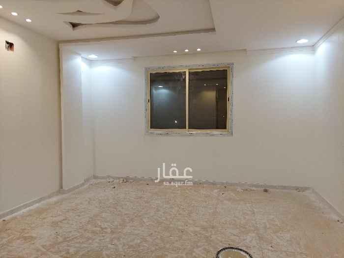فيلا للإيجار في شارع الوليد بن هشام بن معاويه ، حي الرمال ، الرياض