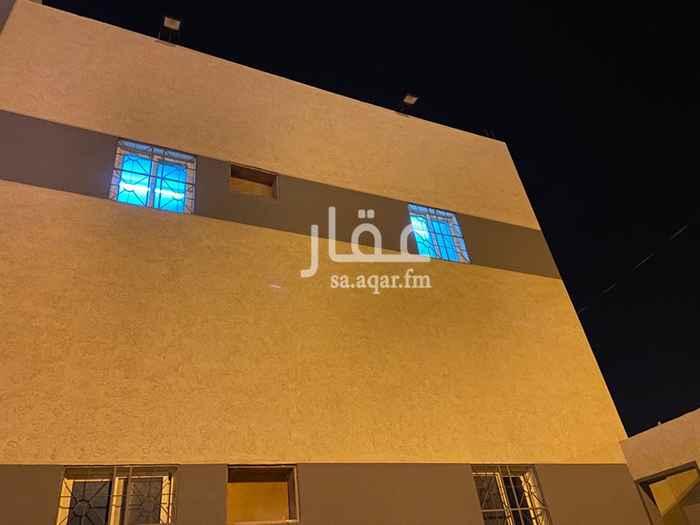 عمارة للبيع في شارع اسد بن كريز القسري ، ملهم ، حريملاء