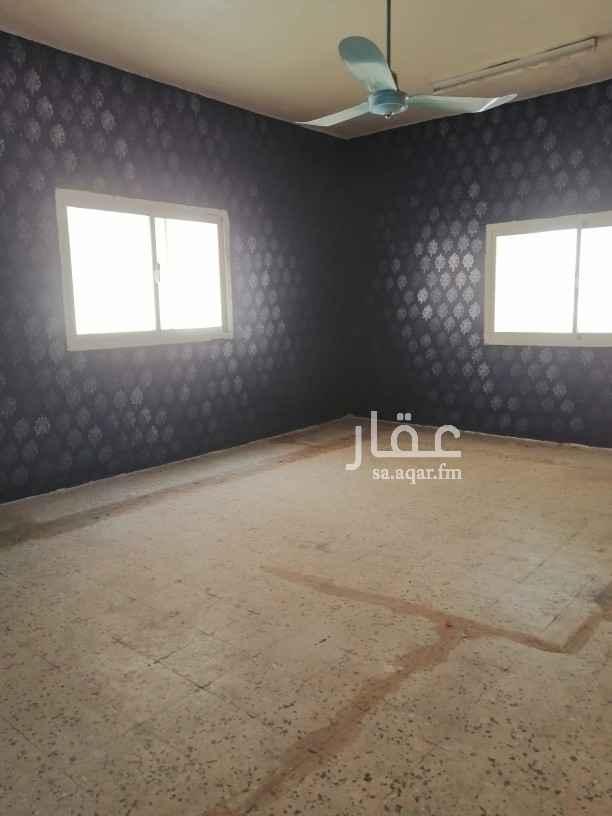 دور للإيجار في شارع عمر الشهاب ، حي العزيزية ، الرياض ، الرياض