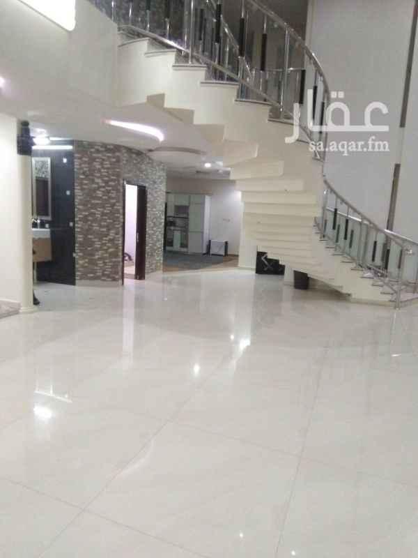 فيلا للبيع في شارع محمد بن مانع ، حي القادسية ، الرياض