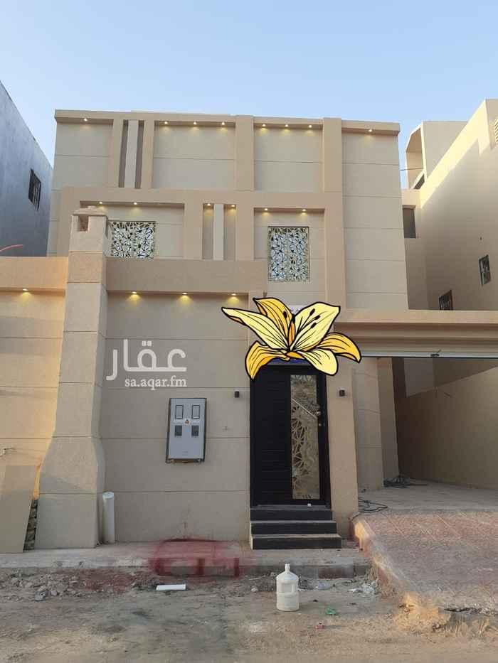 فيلا للبيع في شارع علي البجادي ، الرياض