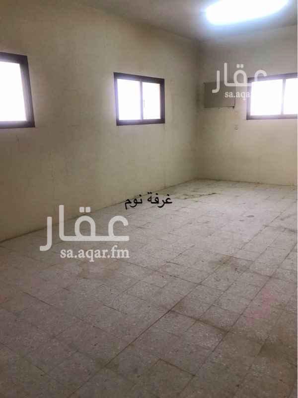 فيلا للبيع في شارع بشر المريسي ، حي المصيف ، الرياض ، الرياض