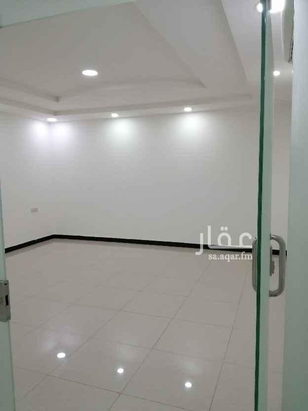 مكتب تجاري للإيجار في شارع التحلية ، حي العقيق ، الرياض ، الرياض