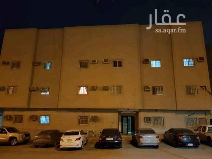 عمارة للبيع في شارع المبارك ، حي العزيزية ، الرياض