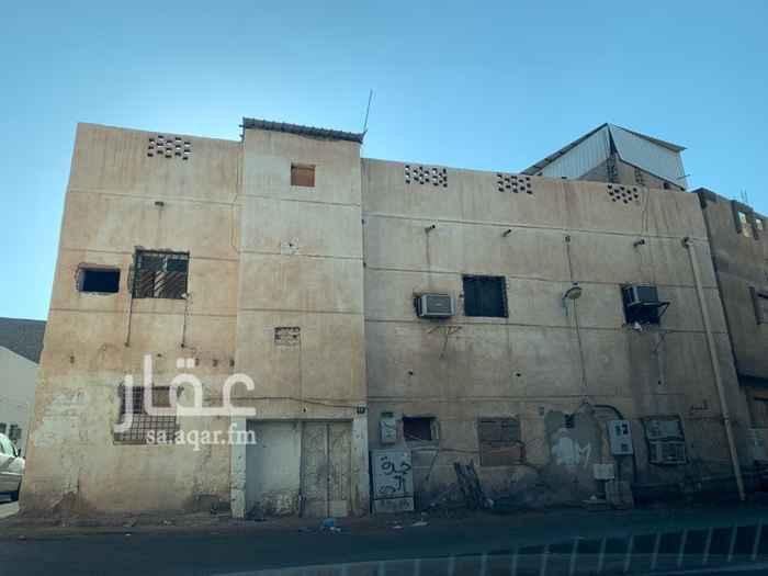 بيت للبيع في شارع الربيع بن ابي راشد ، حي الاصيفرين ، المدينة المنورة