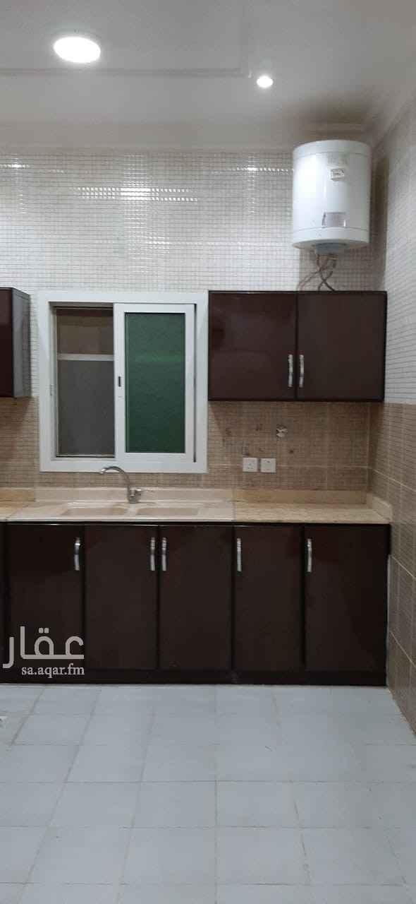 دور للإيجار في شارع الصفرة ، حي النفل ، الرياض