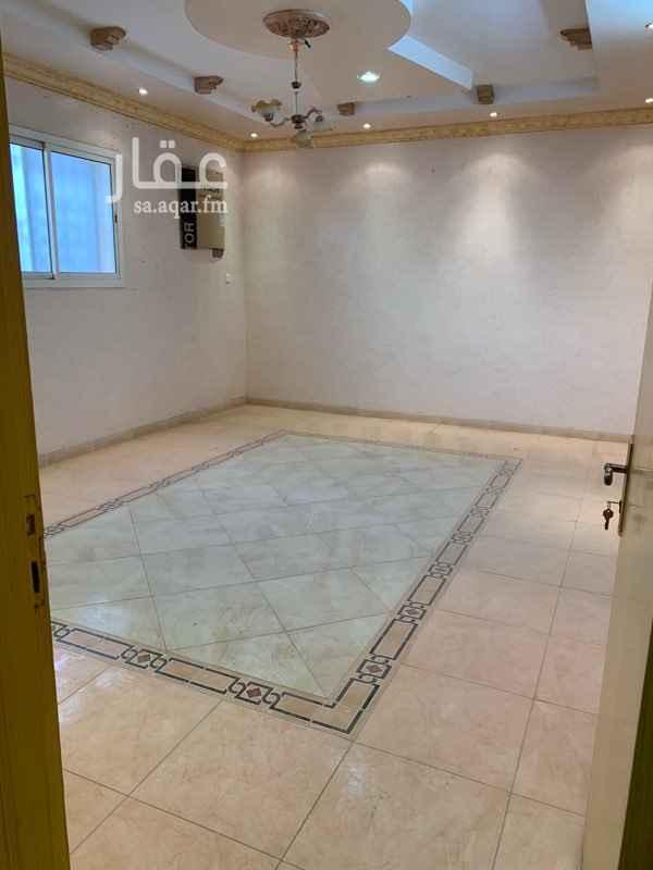 شقة للإيجار في شارع الشيخ عبدالرحمن بن عبدالله بن محمد ، حي الزهرة ، الرياض