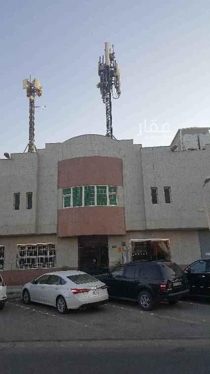 عمارة للإيجار في شارع الحكم المستنصر بالله ، حي النهضة ، الرياض
