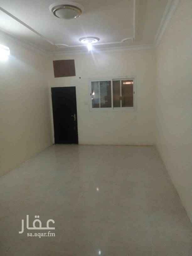 شقة للإيجار في شارع القطار ، حي الملك فيصل ، الرياض