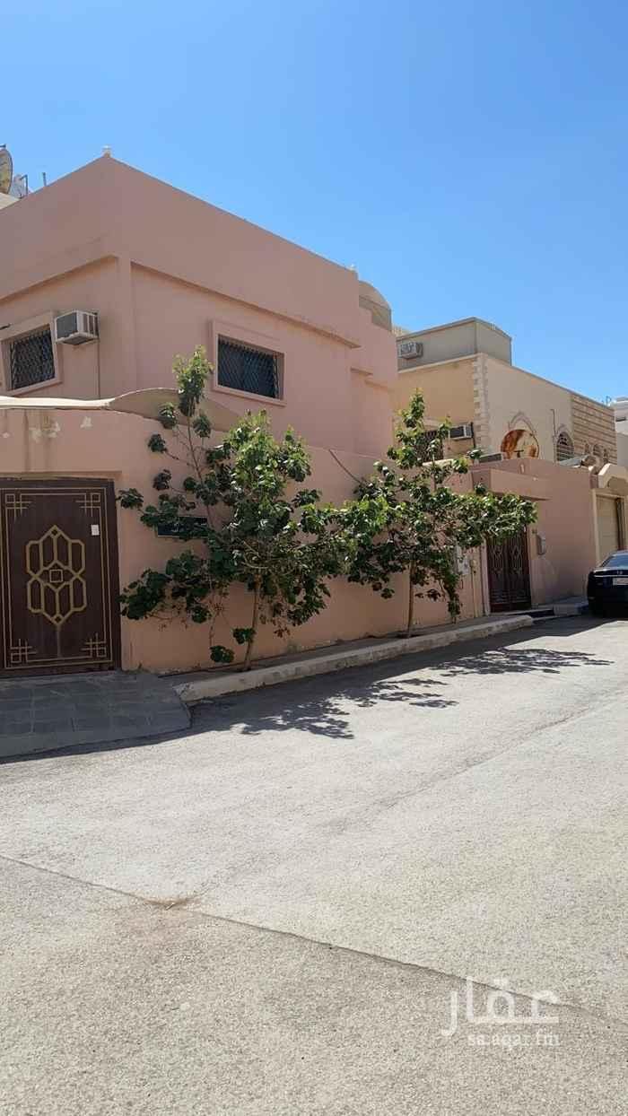 فيلا للبيع في شارع الامير جلوي بن تركي بن عبدالله ، حي الملك فهد ، الرياض ، الرياض