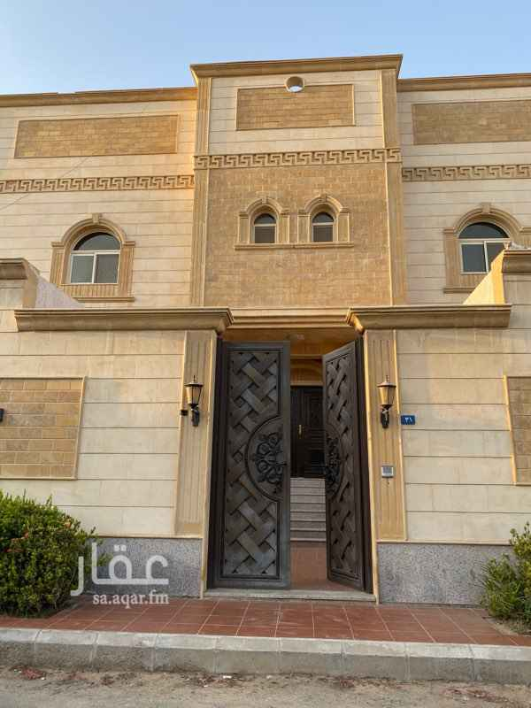 فيلا للإيجار في شارع احمد المعيدي ، حي النهضة ، جدة