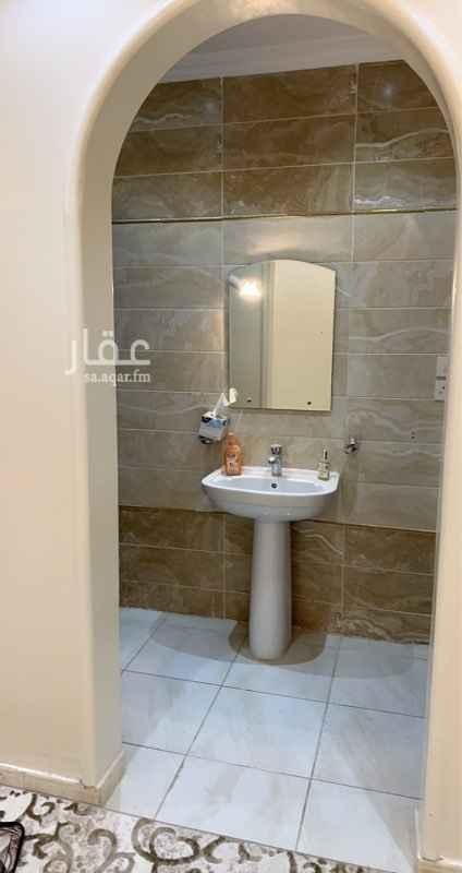 غرفة للإيجار في شارع سلمه بن المجبر ، حي النزهة ، جدة ، جدة