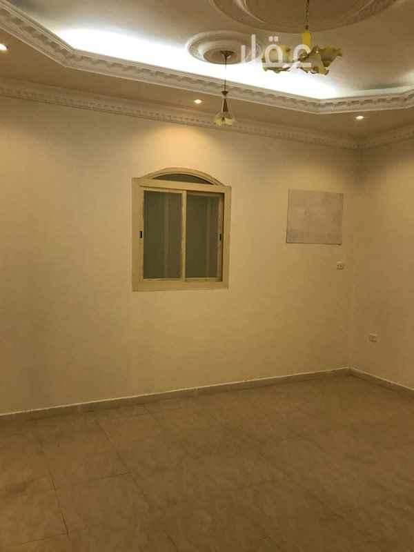 شقة للإيجار في شارع ابن الرومي ، حي قروى ، الطائف