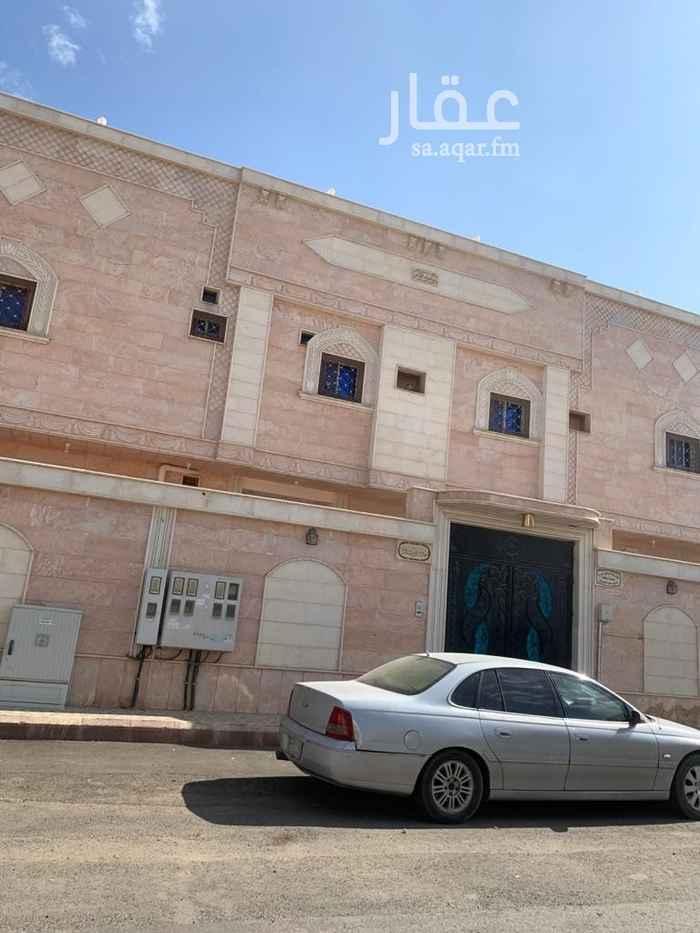 فيلا للبيع في شارع يحيى بن منصور ، حي الدفاع ، المدينة المنورة ، المدينة المنورة