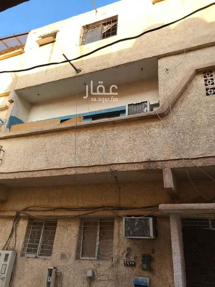 عمارة للبيع في شارع ابن عياف ، حي منفوحة ، الرياض ، الرياض