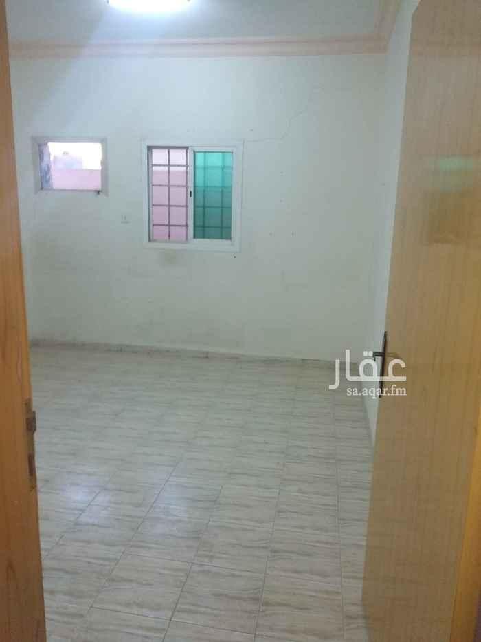 شقة للإيجار في شارع ابي حذيفة ، حي الضباط ، الرياض ، الرياض