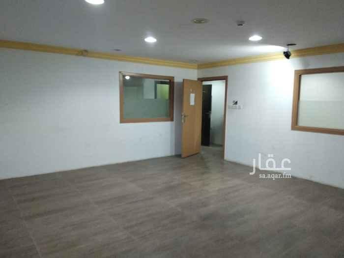 مكتب تجاري للإيجار في شارع زيد بن ثابت ، حي الملز ، الرياض ، الرياض
