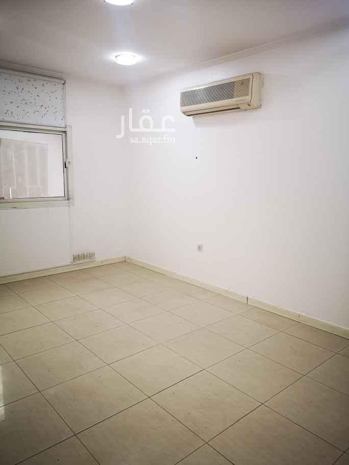 مكتب تجاري للإيجار في شارع الهواري ، حي الملز ، الرياض ، الرياض
