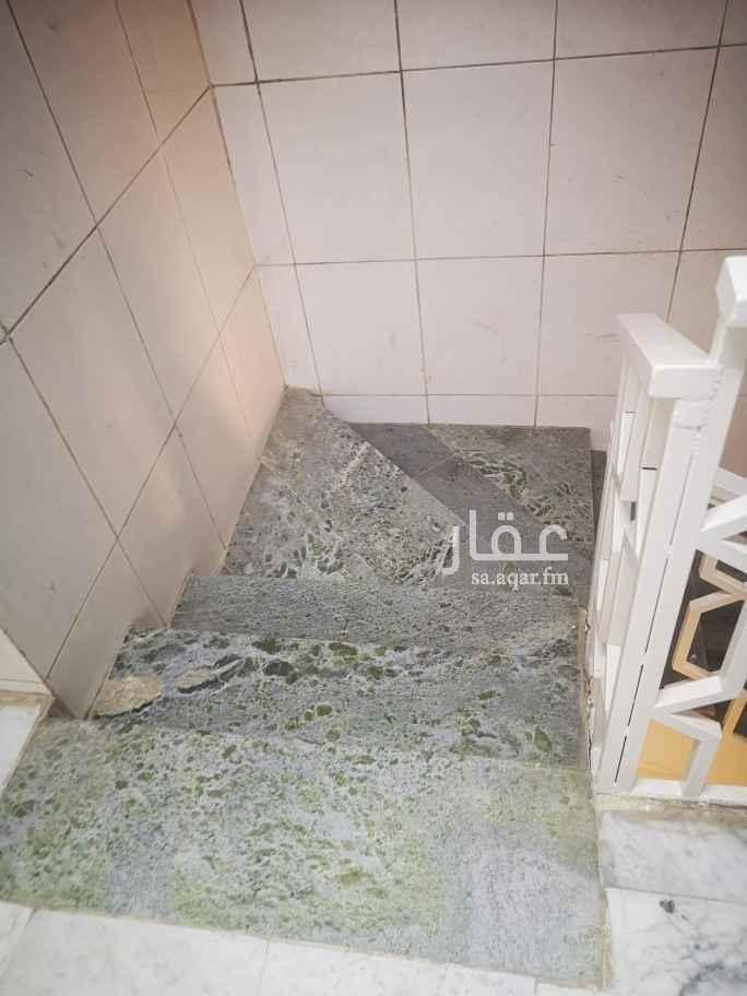 شقة للإيجار في شارع الأمير ناصر بن عبدالعزيز ، حي الروضة ، الرياض ، الرياض