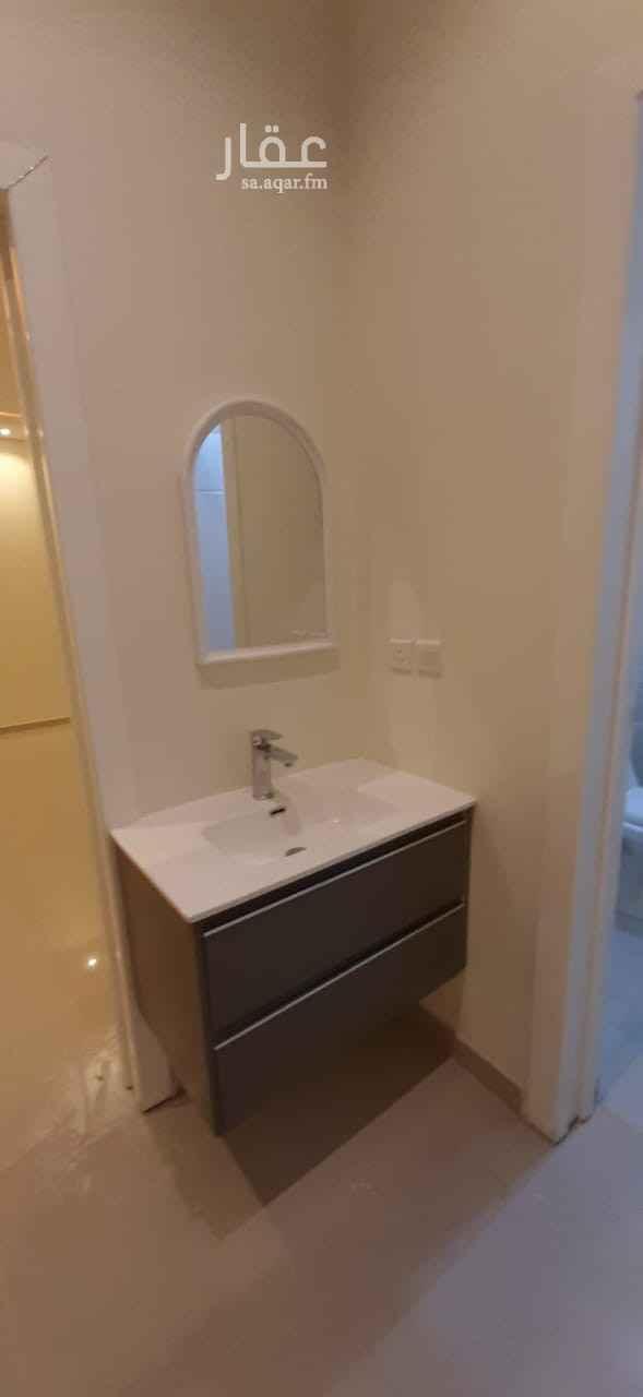شقة للإيجار في شارع نعمان بن مقرن المزيني ، حي العارض ، الرياض ، الرياض