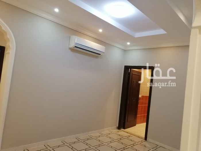 شقة للبيع في شارع عبدالرحمن بن ابي عقيل ، حي الصفا ، جدة
