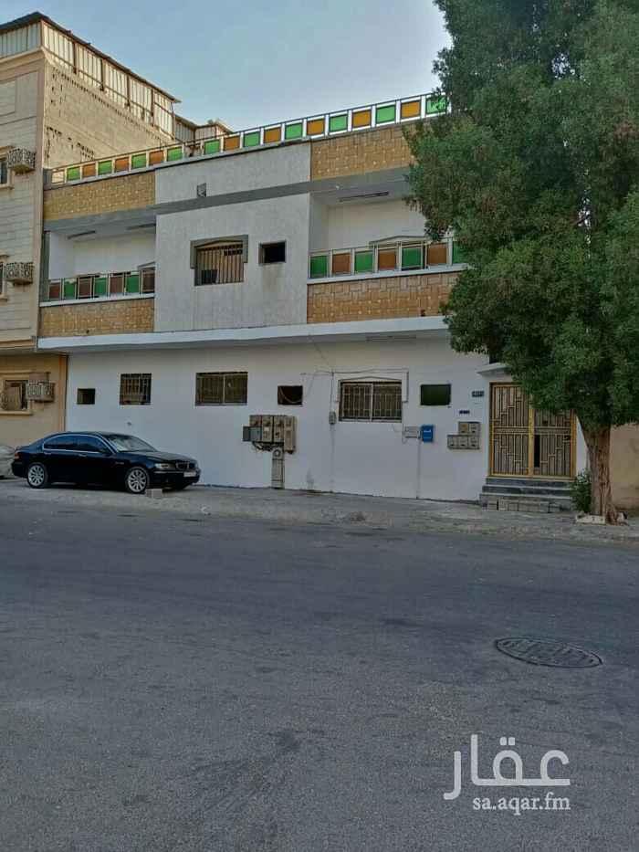 بيت للبيع في شارع ضبا ، حي الثقبة ، الخبر ، الخبر