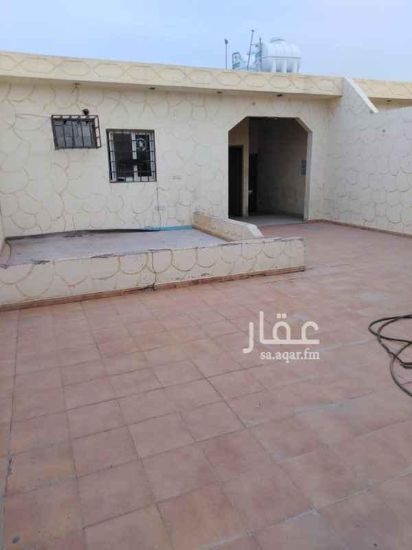 استراحة للإيجار في شارع شبه الجزيرة ، حي السعادة ، الرياض