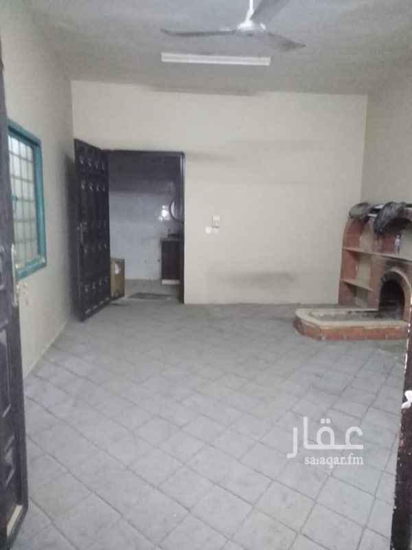 استراحة للإيجار في شارع شبه الجزيرة ، حي السعادة ، الرياض ، الرياض