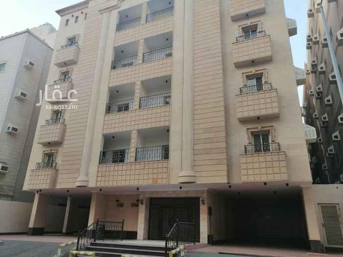 عمارة للبيع في حي الوزيرية ، جدة