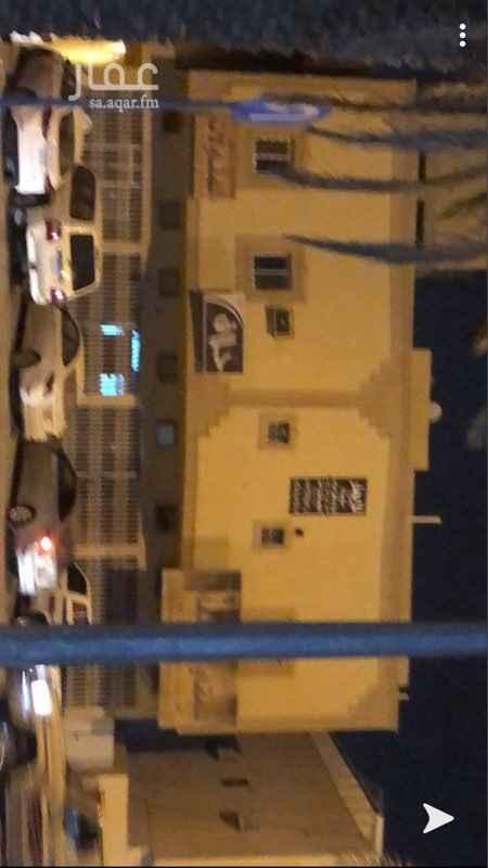 عمارة للبيع في شارع خديجة بنت خويلد ، حي طويق ، الرياض