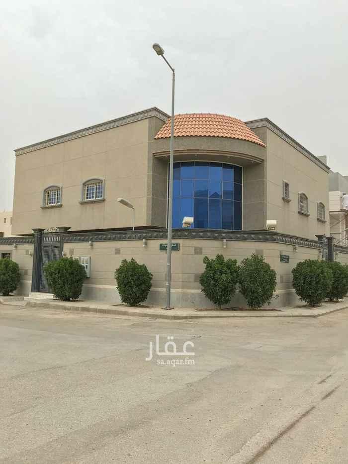 فيلا للبيع في شارع رقم 281 ، حي الملقا ، الرياض