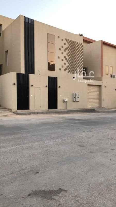 فيلا للبيع في شارع 242 ، الرياض