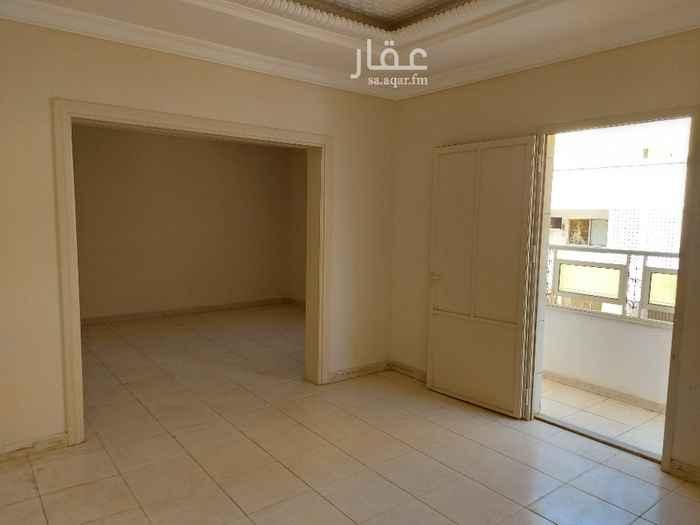شقة للإيجار في طريق الملك فهد ، حي العزيزية ، جدة ، جدة