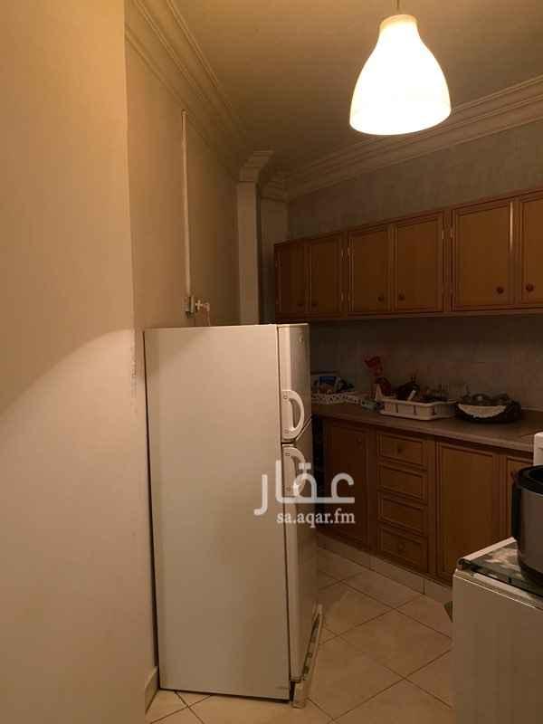 شقة للإيجار في طريق الملك فهد الفرعي ، حي النموذجية ، الرياض ، الرياض