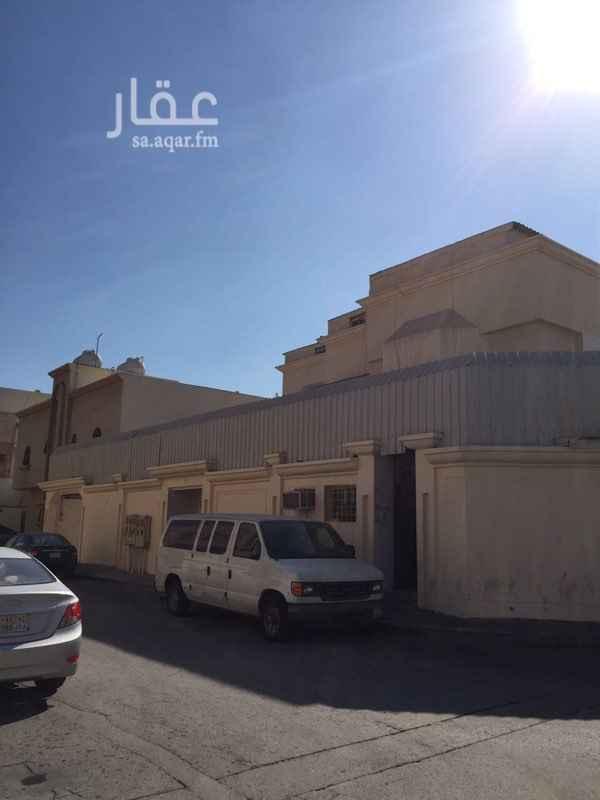 عمارة للبيع في شارع إبراهيم الأنباري ، حي الزهور ، الدمام