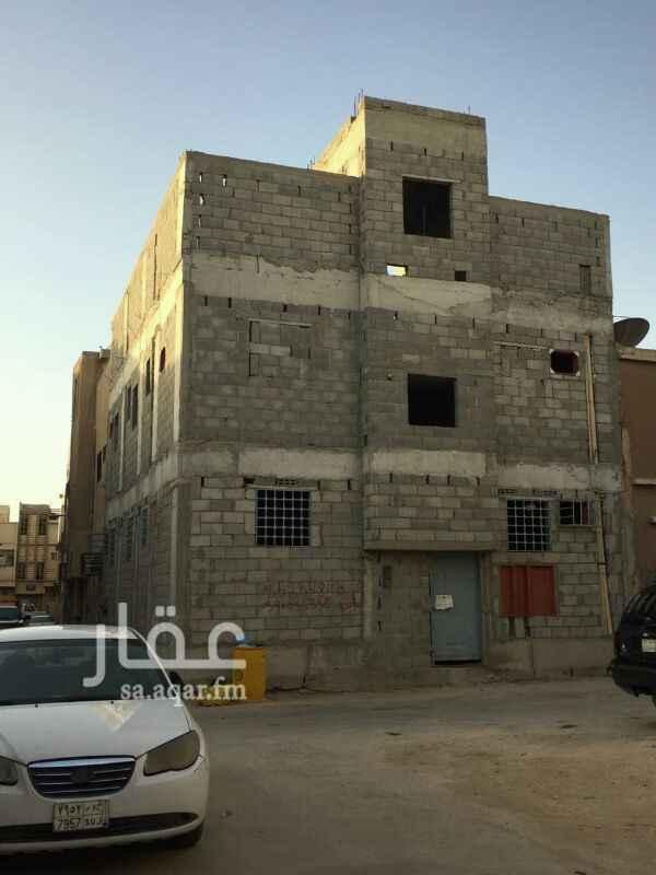 عمارة للبيع في شارع امنة بنت عنان ، حي اليمامة ، الرياض