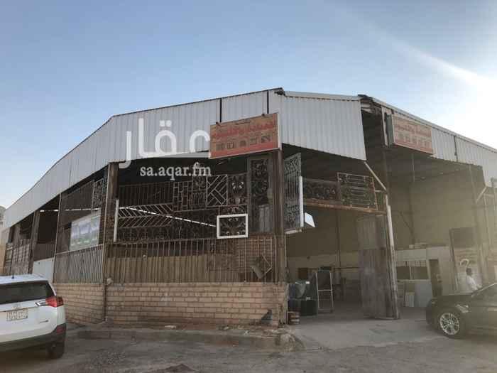 مستودع للإيجار في حي العوالي ، الرياض